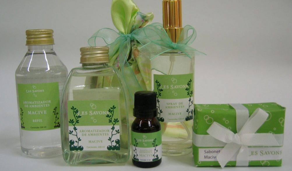 Design de embalagens para linhas de aromatizadores Les Savons